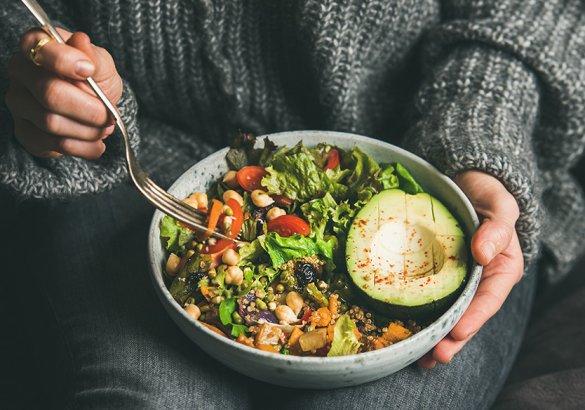 Alimenti per fortificare i capelli: quali portare a tavola?