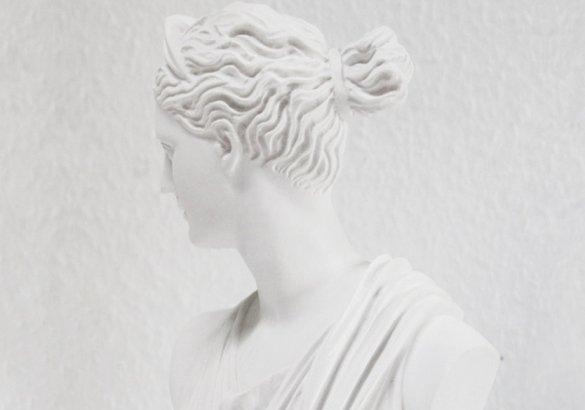 Il culto dei capelli: significati simbolici e credenze