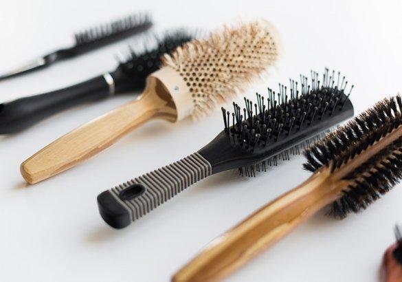 Struttura del capello: a ciascuno la giusta spazzola